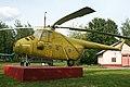 Mil Mi-4 Hound 04 yellow (8775868880).jpg