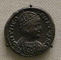 Moneta di bronzo con busto di re teodato, coniata a roma, 534-6.JPG