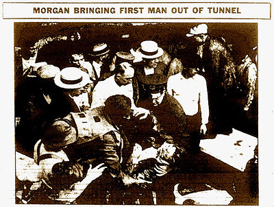 Newspaper photograph of Morgan's rescue in 1916