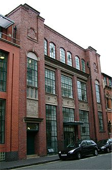 Municipal school for jewellers and silversmiths - Birmingham - 2005-10-13.jpg