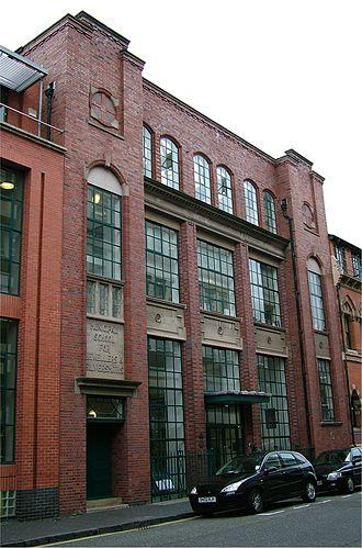 Birmingham School of Jewellery - Image: Municipal school for jewellers and silversmiths Birmingham 2005 10 13