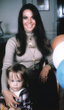 Gregson with her mother in 1973  by Allan WarrenNatasha Gregson Wagner Baby
