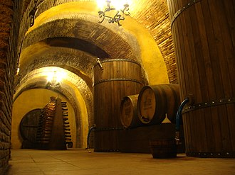 Rueda (DO) - Underground cellar.