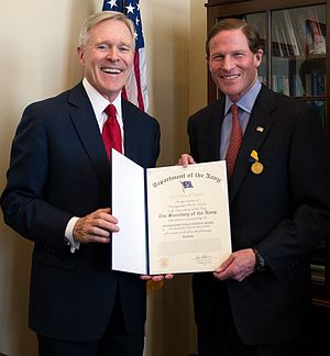 Richard Blumenthal - Secretary of the Navy Ray Mabus presents the Navy Distinguished Public Service Medal to U.S. Senator Richard Blumenthal in 2012.