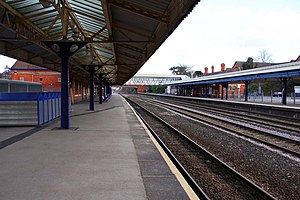 Newbury railway station - The station looking to the east