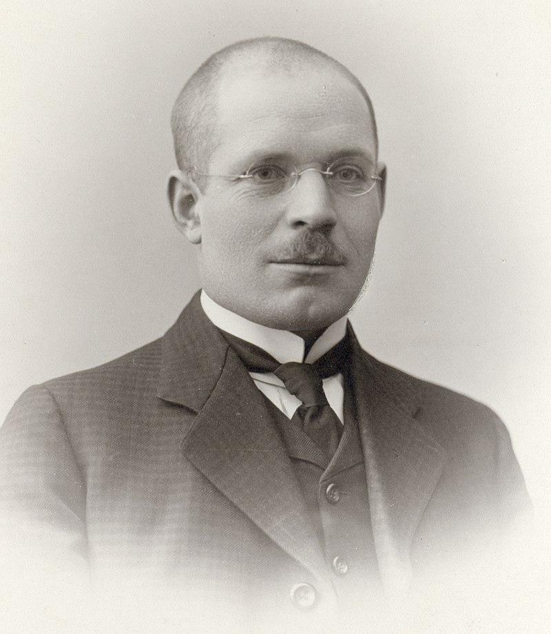 Nikolai Nilovitš Burdenko.jpg