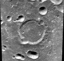 哈雷特陨石坑