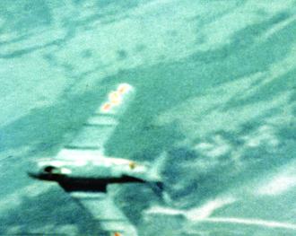 1968 in the Vietnam War - Gun camera photo shows a North Vietnamese MiG-17-fighter