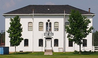 Chisago County, Minnesota - Image: Old Chisago County Courthouse