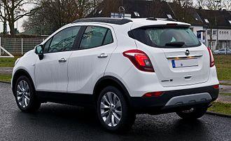 Opel Mokka - Image: Opel Mokka X 1.6 CDTI eco FLEX 4x 4 Edition (Facelift) – Heckansicht, 23. Dezember 2016, Düsseldorf