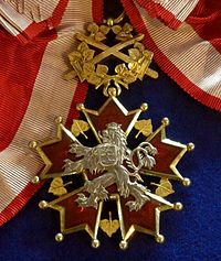 Order of the White Lion grand cross with swords badge (Czechoslovakia 1922-1948) - Tallinn Museum of Orders.jpg