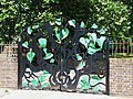 Ornamental gates to Sayes Court - geograph.org.uk - 1496621.jpg