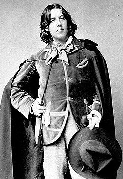 https://upload.wikimedia.org/wikipedia/commons/thumb/7/7a/Oscar_Wilde_%281854-1900%29_188_unknown_photographer.jpg/250px-Oscar_Wilde_%281854-1900%29_188_unknown_photographer.jpg