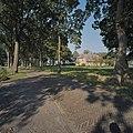 Overzicht boerderij met omgeving, gezien vanaf de weg - Schoonebeek - 20378970 - RCE.jpg