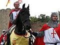 Péronne (13 septembre 2009) cavaliers devant château 14a.jpg