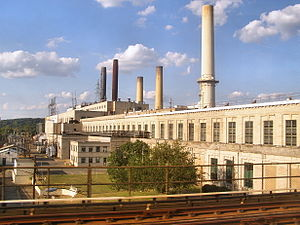 Amtrak's 25 Hz traction power system - The Pepco Benning Road power station in Washington, D.C., supplied 25 MVA of 25 Hz power via a rotary frequency changer in the hall nearest the Metro tracks from 1935 until 1986.
