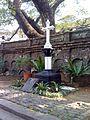 Paco Park - Gomburza memorial - oblique.jpg