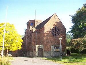 Paddock Wood - Image: Paddock Wood church
