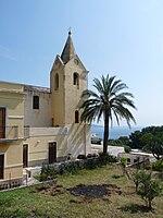 La piccola chiesa di San Pietro