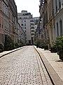 Paris, rue Crémieux (quartier gare de Lyon) (15271239986).jpg