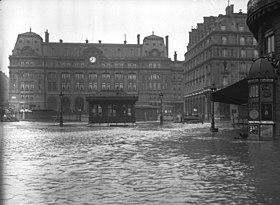 La gare St Lazare à Paris le 28 janvier 1910