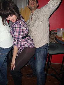 Perreo is een vorm van bubbling die gedanst wordt op de reggaeton