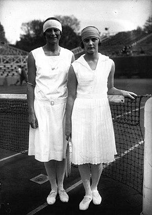 Eileen Bennett Whittingstall - Bennett (r) and Phoebe Holcroft Watson at the 1928 French Championships