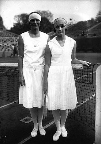 Eileen Bennett Whittingstall - Bennett (r) and Phoebe Holcroft Watson at the 1928 French Championships