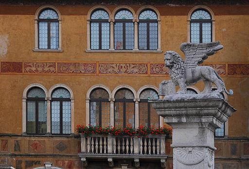 Piazza Repubblica in Bassano del Grappa