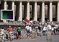 Piazza San Pietro Tuerkische Flagge 001.JPG