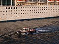 Pilot boat in Pireaus 9589.JPG