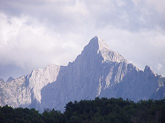 Apuan Alps - Northern view of the Pizzo d'Uccello.