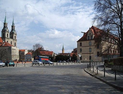 Plac Bramy Wroclawskiej Brzeg