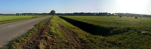 Polder bij Vlijmen in Noord-Brabant 01