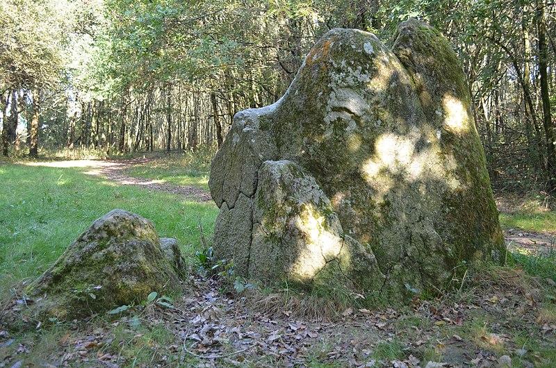Pont-Saint-Martin - Dame des pierres (2).jpg