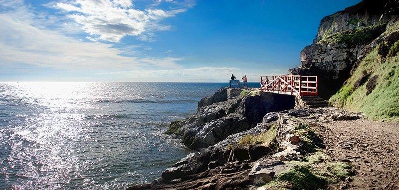 File:Pontezinha - praia da cal.jpg
