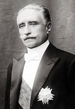 Portrait officiel P. Deschanel.jpg