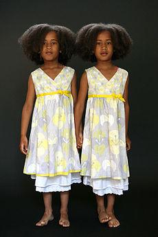 zwillingsschwestern