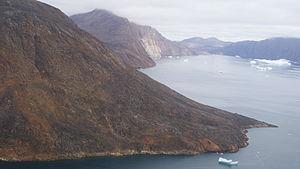 Qullikorsuit Island - Image: Qullikorsuit island appaalissiorfik cape