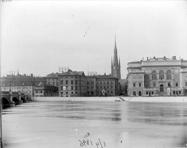 File:Rödbodtorget 1896.jpg