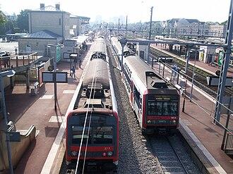 Pontoise station - Platforms