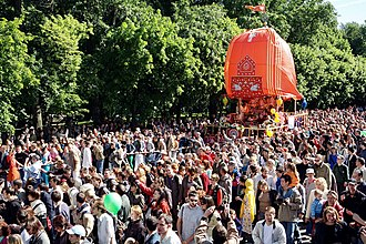 Ratha Yatra in Moscow  IMAGES, GIF, ANIMATED GIF, WALLPAPER, STICKER FOR WHATSAPP & FACEBOOK