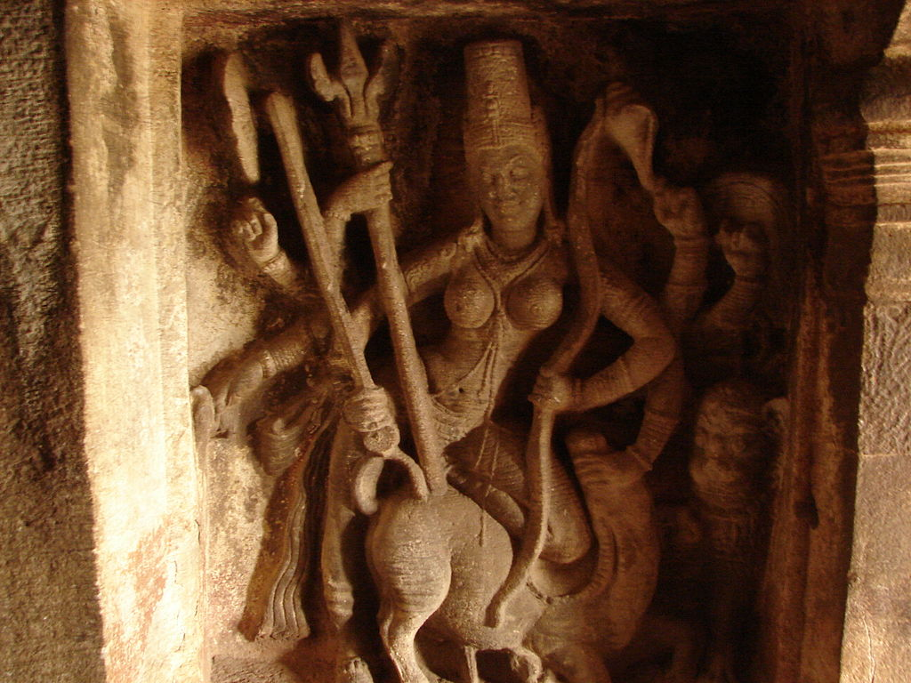Relief work2 in the Ravana phadi cave temple in Aihole.jpg
