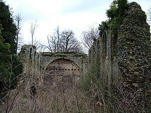 Sibton Abbey - The ruins of Sibton Abbey today