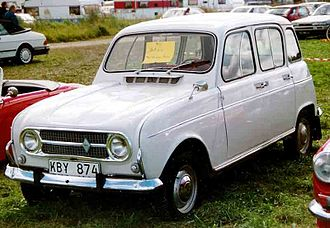 Renault 4 - 1967–1974 Renault 4L: For 1968 the car received a more modern aluminium grille that it would retain until 1974