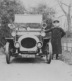 Car coat - A chauffeur, in around 1910. Similar heavy greatcoats in wool or leather were worn by male and female drivers