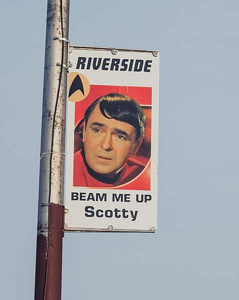 File:Riverside, Iowa Star Trek Posters - Beam Me Up Scotty (25060010965).jpg