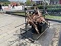 Roasting a Pig near the Shihsanhang Museum of Archaeology 02.jpg
