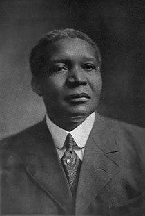 Robert Russa Moton, 1916.jpg