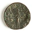 Romerskt bronsmynt med gudinnan Fides, 238-239 - Skoklosters slott - 110743.tif